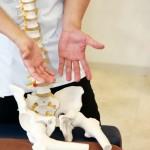 原因不明の腰痛は骨盤のずれと歪み! 仙腸関節障害とは?