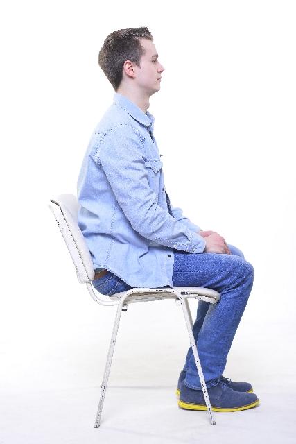 腰痛克服 座る姿勢